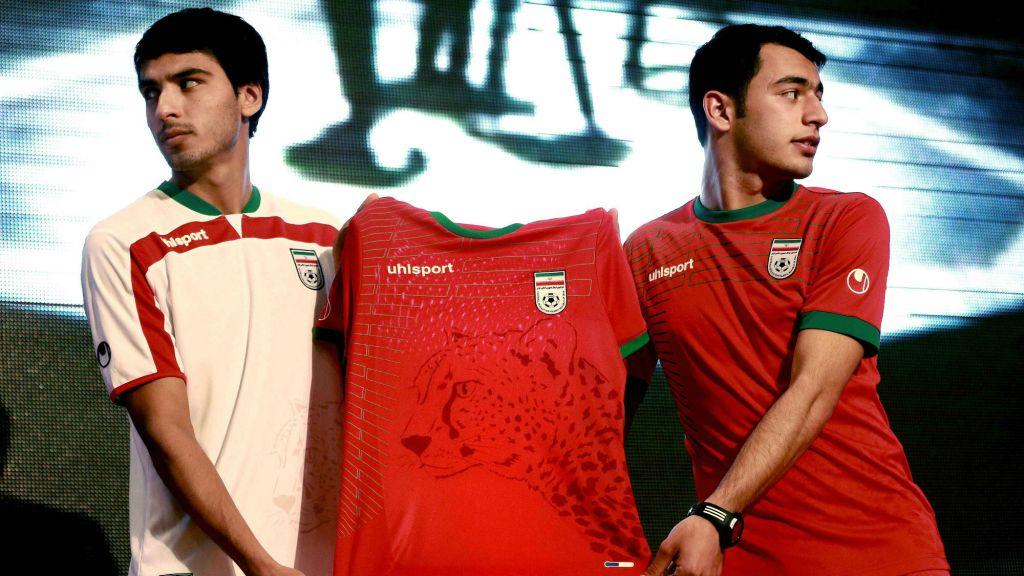 Iranian soccer players Mohammad Reza Bazaj be8d64e1b