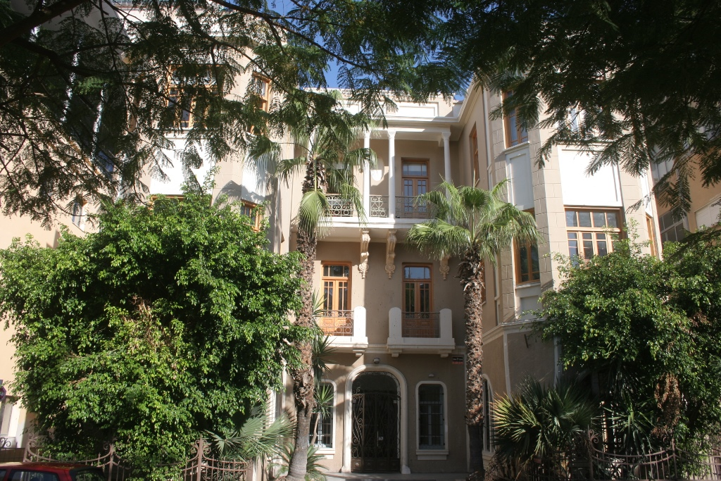 The beautiful buildings of Rothschild Boulevard (photo credit: Shmuel Bar-Am)