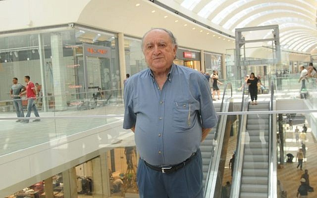 A portrait of David Azrieli, one of Israel's foremost architects, developers and philanthropists, in his newly-built Azrieli mall in Modi'in on June 17, 2008. (file photo credit: Jorge Novominsky/Flash90)