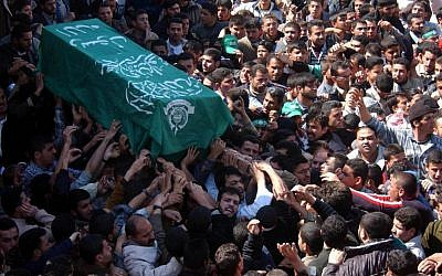 The funeral of Hamas leader Sheikh Ahmad Yassin in Gaza, March 2004 photo credit: Flash90)