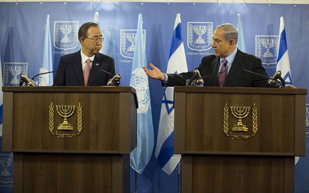 Benjamin Netanyahu, right, speaking to Ban Ki-moon in Tel Aviv on Tuesday, July 22, 2014. (photo credit: Yonatan Sindel/Flash90)
