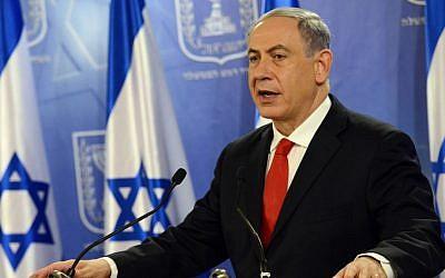 Israeli Prime Minister Benjamin Netanyahu speaks at a press conference at the Defense Ministry in Tel Aviv on July 28, 2014. Photo credit: Haim Zach / GPO/Flash90)