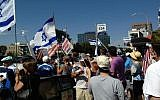 Pro-Israel rally in Los Angeles is disturbed by Palestinian activists July 13, 2014. (Kelly Hartog/The Times of Israel)