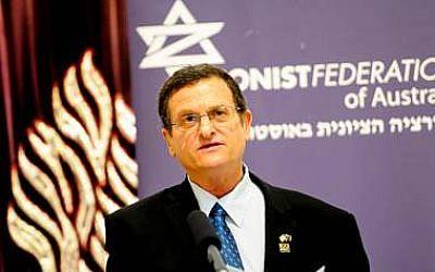 Israel's Ambassador Shmuel Ben-Shmuel speaks at Sydney rally, July 20, 2014. (courtesy)
