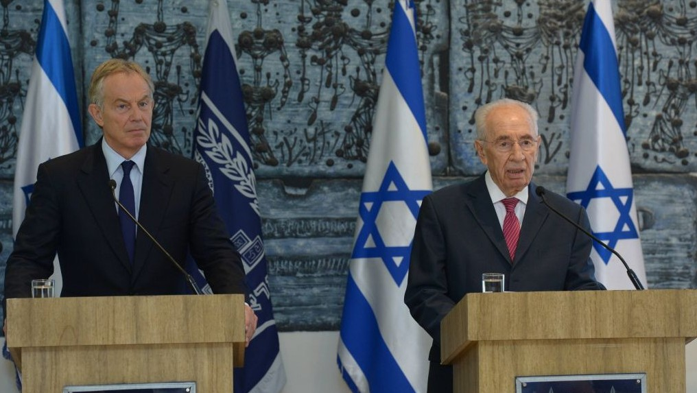 Shimon Peres and Tony Blair meeting at the President's Residence in Jerusalem, July 15 (photo Credit: Mark Neiman/GPO)
