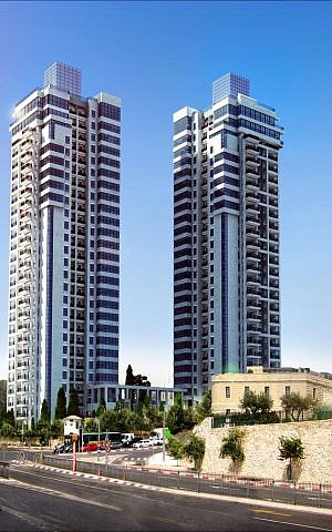 The Zion towers that are currently under construction in Arnona (Courtesy Hasid Brothers)