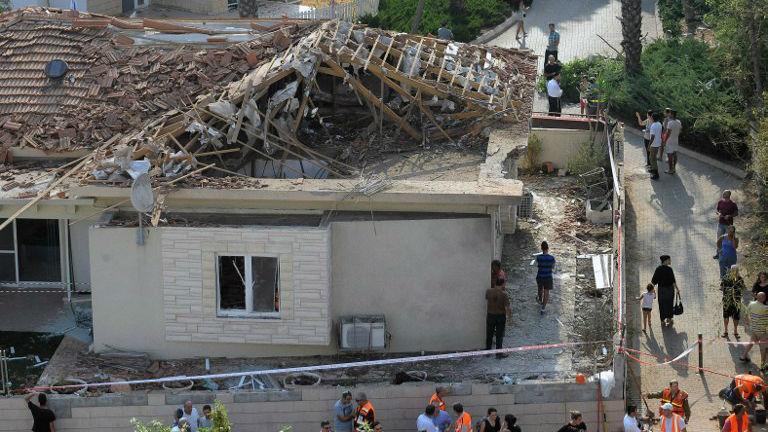 Rocket Crashes Through Roof Of Ashkelon Home 28 Injured