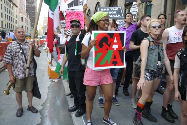Jewish Voice for Peace pro-Gaza protest in New York City, July 24, 2014. (Andrew Courtney)