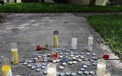 In North Miami Beach, Fla., a makeshift memorial was created near where Rabbi Joseph Raksin was shot and killed on Aug. 9, 2014. (Joe Raedle/Getty Images via JTA)