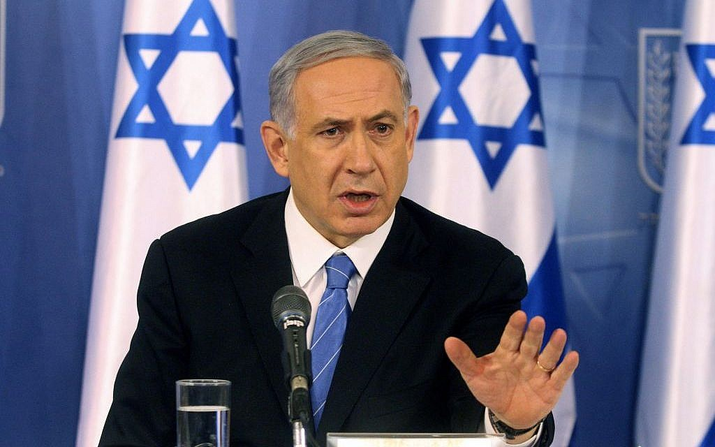 Prime Minister Benjamin Netanyahu speaks at a press conference at the Ministry of Defense in Tel Aviv on August 20, 2014. (Photo credit: Flash90)