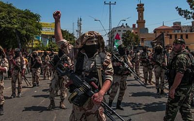 Palestinian Islamic Jihad supporters celebrate what they said was a victory over Israel, in Gaza City on August 29, 2014. (Photo credit: Emad Nassar/Flash90)
