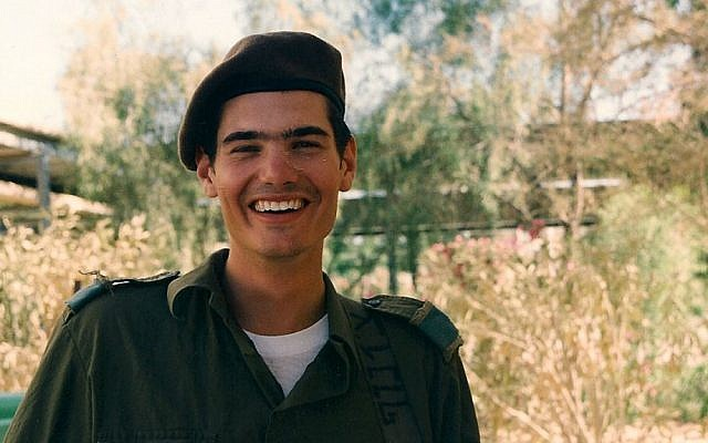 Joel Chasnoff, like 50 percent of all lone soldiers, chose a combat unit after making aliyah. He was assigned to the 188th Armored Brigade and deployed to Lebanon in 1998. (Joel Chasnoff)