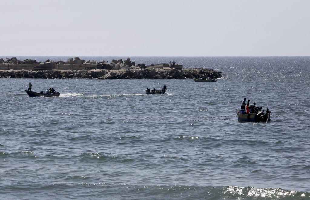 Gaza israel pull strip
