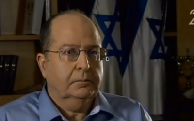 Defense Minister Moshe Ya'alon speaks to Channel 2 on Friday, August 29, 2014. (screen capture: Channel 2)