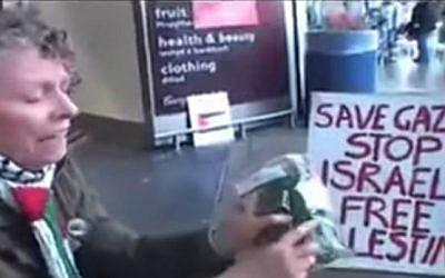 Protest against Israeli products at a British Tesco supermarket, July 2014. (screen capture: YouTube/Kashif Raza)