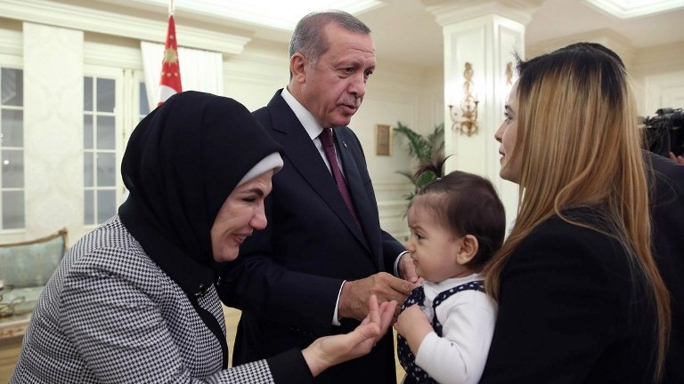 Turkey swapped 180 is prisoners for captive consulate workers turkish president recep tayyip erdogan 2nd left and his wife emine left m4hsunfo