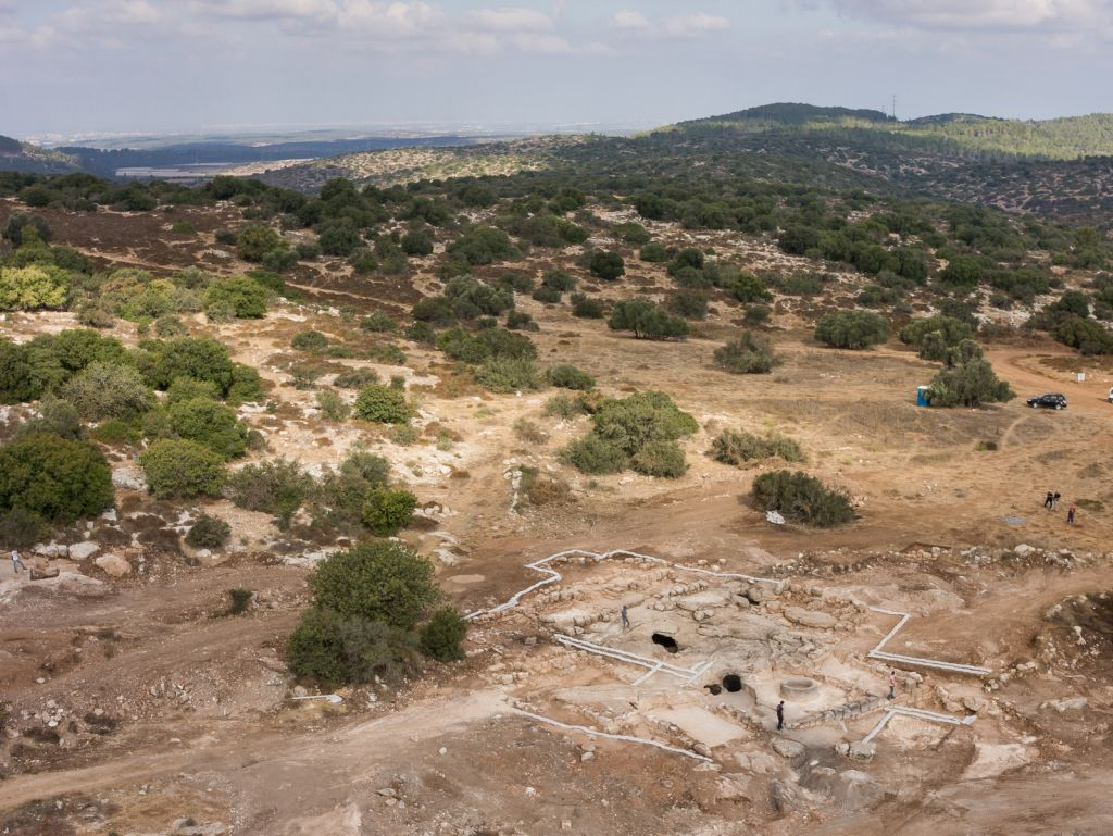 Aerial photo of remains that archaeologists believe were a Byzantine monastery found near Beit Shemesh. (photo credit: Griffin Aerial Photography Company, courtesy of the Israel Antiquities Authority)