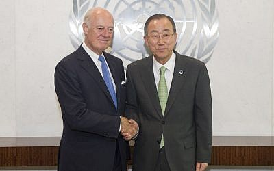 Secretary-General Ban Ki-moon, right, meets with Staffan de Mistura, new Special Envoy for Syria, in July 2014. (photo credit: UN/Eskinder Debebe)
