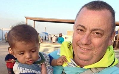 This undated family handout photo shows British man Alan Henning killed by the Islamic State (IS) in early October. (Photo credit: AP/PA Wire)
