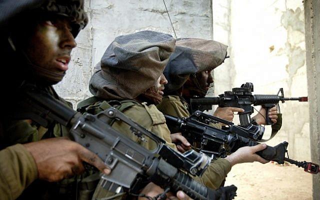 Members of Unit 8200 training in September 2012 (photo credit: Moshe shai/Flash90)
