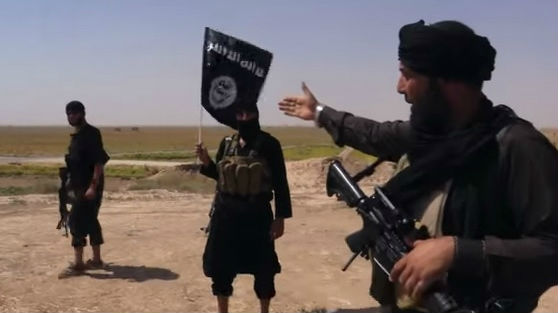 Islamic State fighters near the border between Syria and Iraq (photo credit: YouTube screen cap/Vice)
