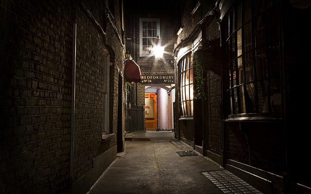Who was Jack the Ripper (London image via Shutterstock)