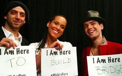 Idan Raichel, Alicia Keys and Ali Amr at the Global Citizen Festival (Courtesy Idan Raichel Facebook Page)