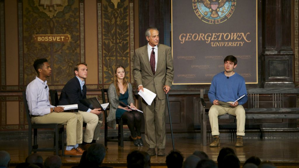 David Strathairn (center) stars in Georgetown University production of 'Remember This: Walking With Jan Karski.' (Rafael Suanes/Georgetown Univ.)