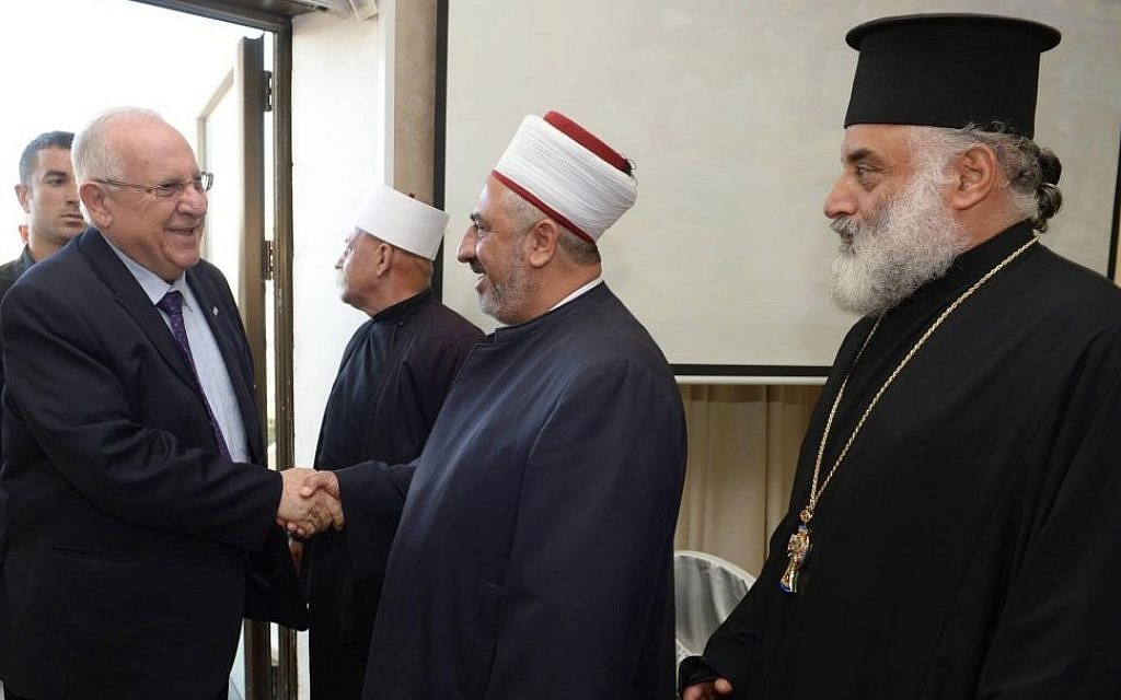 Reuven Rivlin meeting with Muslim and Christian leaders in Kafr Yasif on October 2, 2014. (photo credit:  Mark Neyman/GPO)