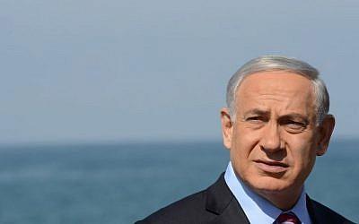 Benjamin Netanyahu in Ashdod on October 28, 2014. (Photo credit: Kobi Gideon/GPO)