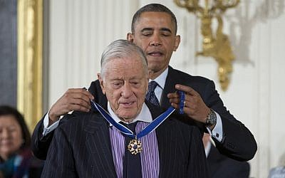 In this Nov. 20, 2013 file photo, President Barack Obama awards former Washington Post executive editor Ben Bradlee with the Presidential Medal of Freedom during a ceremony in the East Room of the White House in Washington. Bradlee died Tuesday, Oct. 21, 2014. (photo credit: AP Photo/ Evan Vucci, File)