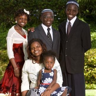 Rabbi Gershom Sizomu and his family (Facebook)