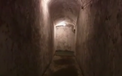 Interior shot of Mussolini's air raid shelter (screen capture: YouTube)
