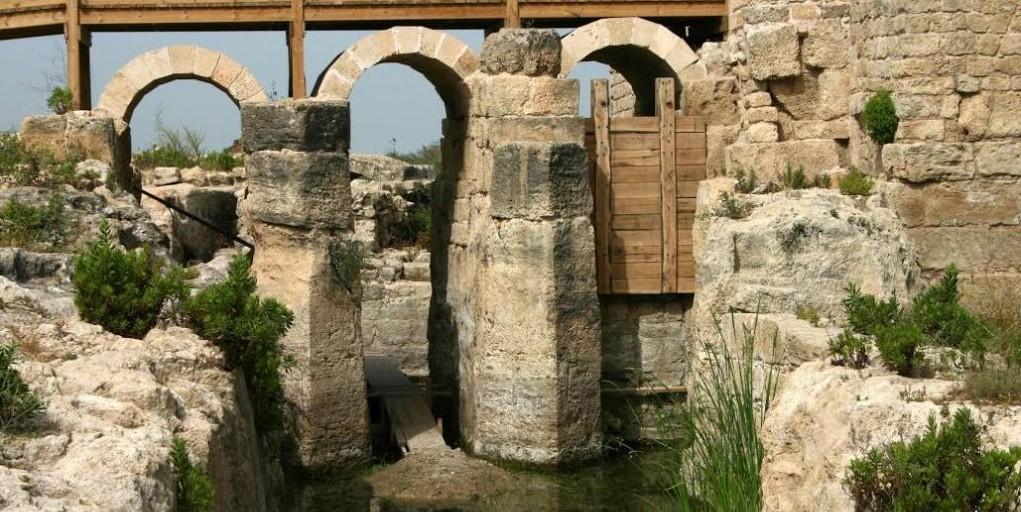 The dam at Nahal Taninim (photo credit: Shmuel Bar-Am)