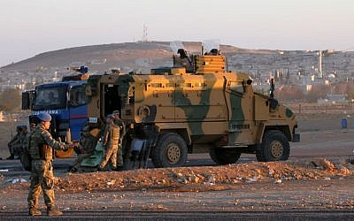Illustrative photo of Turkish soldiers, Wednesday, October 1, 2014. (AP Photo/Burhan Ozbilici)