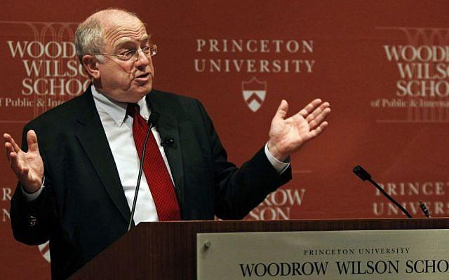 Former US ambassador to Israel Daniel Kurtzer at Princeton University, February 1, 2011 (AP/Mel Evans)