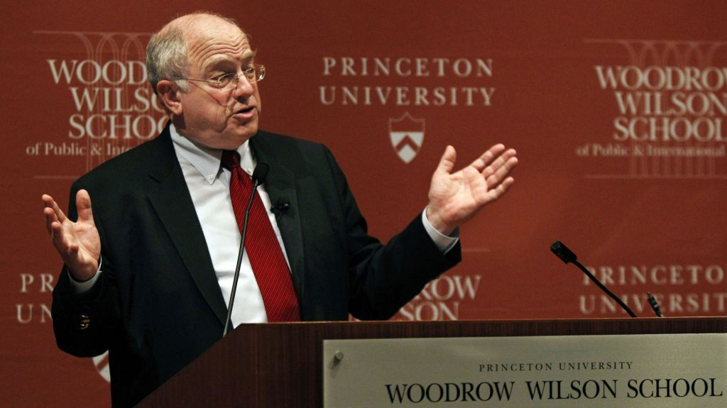 Former US ambassador to Israel Daniel Kurtzer at Princeton University, February 1, 2011 (AP/Mel Evans)