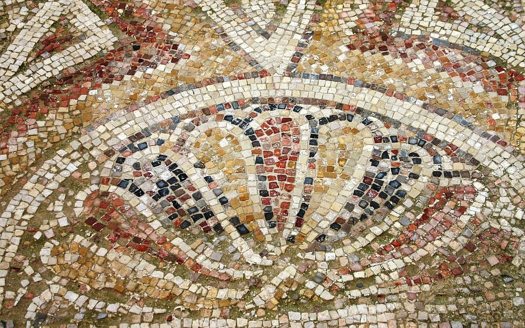 Mosaic in the church at Mamshit (photo credit: Shmuel Bar-Am)