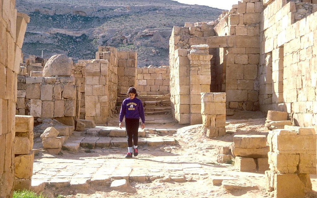 Walking through Mamshit (photo credit: Shmuel Bar-Am)