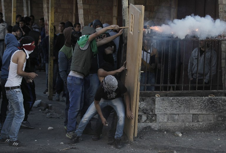 Palestinians clash with police as Jerusalem seethes | The