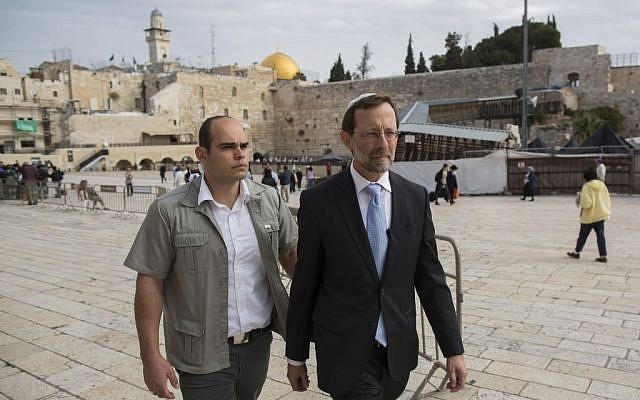 Hawkish MK Moshe Feiglin seen at the Western Wall on November 2, 2014, in the old city of Jerusalem.  (photo credit: Sindel/Flash90)