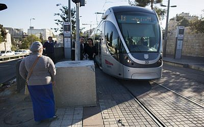 New concrete blocks were placed at light rail stations around Jerusalem to prevent terror attacks. (Yonatan Sindel/Flash90)