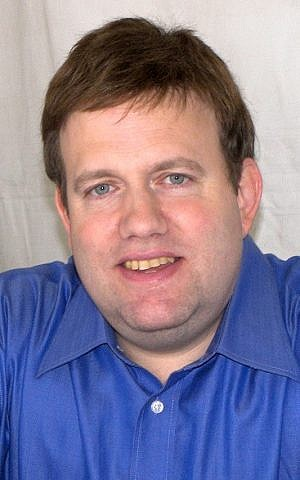 Frank Luntz (photo credit: Larry D. Moore CC BY-SA 3.0. / Wikipedia)