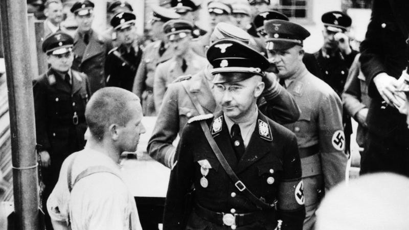 Heinrich Himmler at Dachau in 1936. Himmler's great-niece married an Israeli Jew and lives overseas (photo credit: Friedrich Franz Bauer / Wikimedia Commons / German Federal Archive)