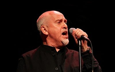 Peter Gabriel performing at the 2011 Skoll Awards. (photo credit: CC BY-Araujojoan96, Wikipedia)