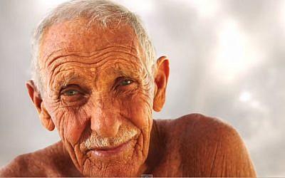 Jewish surfing legend Dorian 'Doc' Paskowitz died on November 10, 2014 at age 93. (YouTube screenshot)