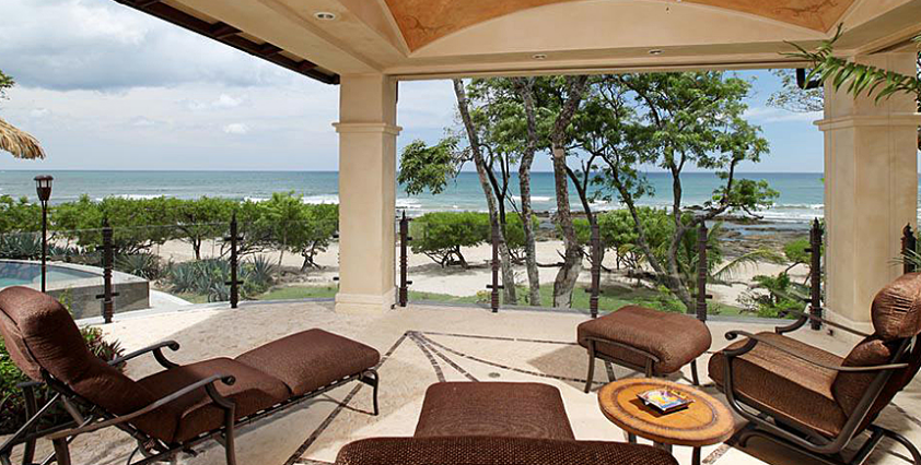 A five-bedroom villa with a patio overlooking the beach in Guanacaste (Courtesy Kosher Casas)