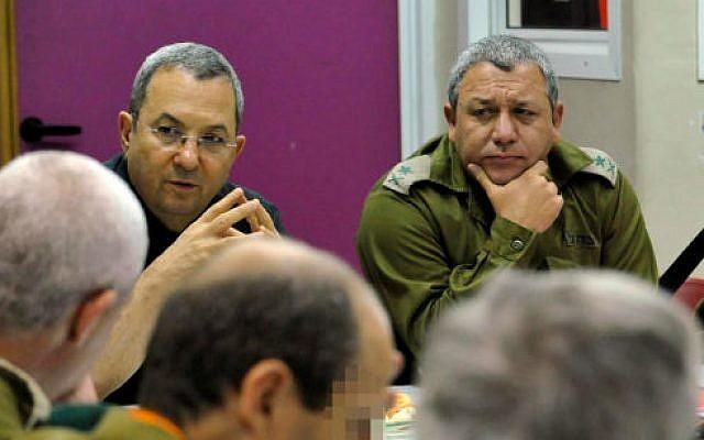 Maj. Gen. Gadi Eisenkot (R) with then Defense Minister Ehud Barak, in June 2010 (Ministry of Defense/Flash 90)