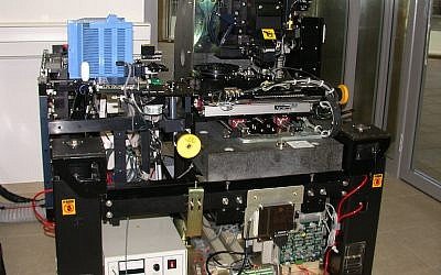 A KLA-Tencor 5200XP wafer inspection system, worth $500,000, donated by the company last year to the Technion (Photo credit: Courtesy)