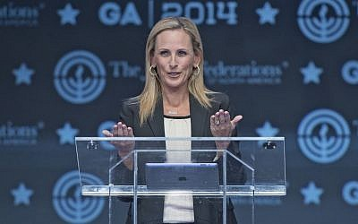 Academy Award-winning actress and activist Marlee Matlin speaking about her Jewish heritage, career and experience overcoming disabilities at the Jewish Federations of North America's General Assembly in suburban Washington, November 10, 2014. (photo credit: Ron Sachs/JTA)